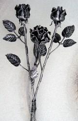 kovácsoltvas rózsa a legelegánsabb ajándék