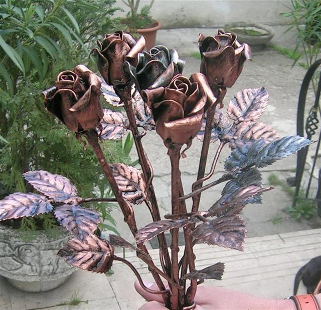 Kovácsoltvas rózsa ballagási ajándék