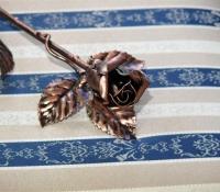 Kovácsoltvas Rózsa bronz antikolással, Valentin napi ajándék