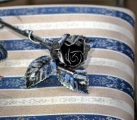 Kovácsoltvas Rózsa fémszínű antikolással, Valentin napi ajándék